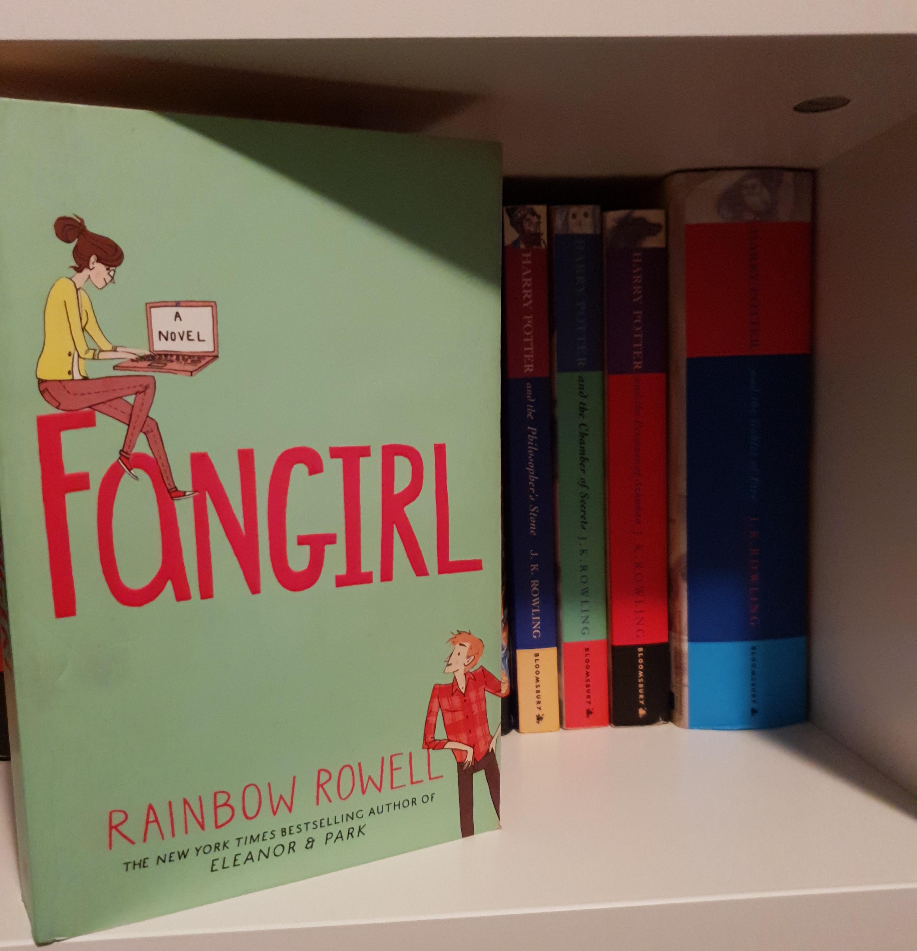 fan-girl-rainbow-rowell.jpg