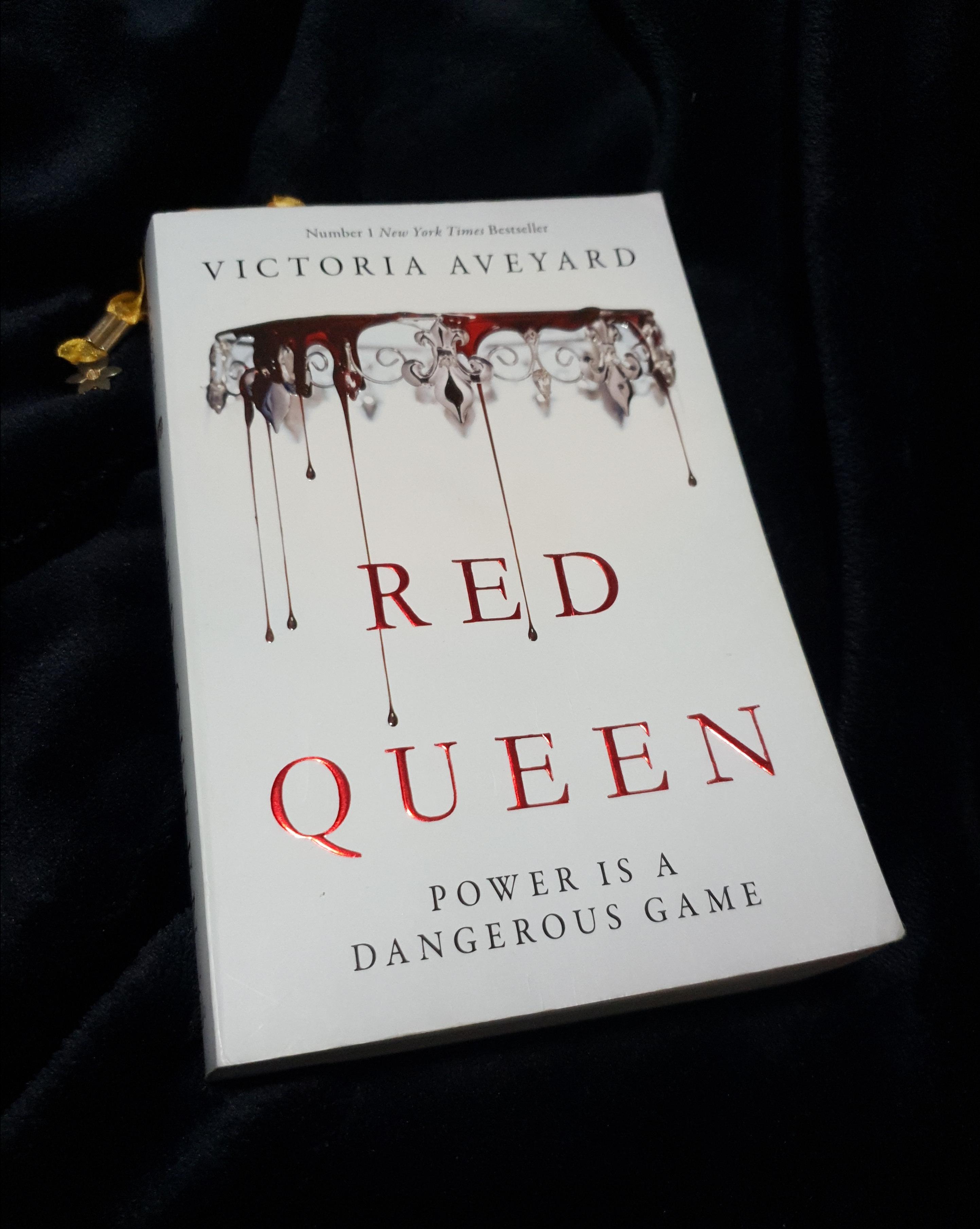 red-queen-by-victoria-aveyard1.jpg